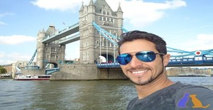 Tieze 39 years old I am from Londres/Grande Londres, Seeking Dating Friendship with Woman
